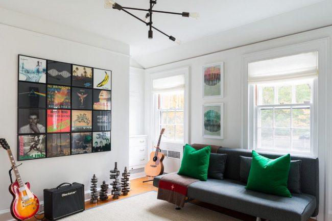 Collage de photos d'artistes, pochettes d'albums de musique, etc.  forme une forme géométrique générale