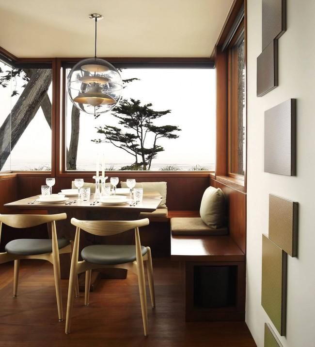 Coin cuisine incroyablement élégant pour une petite cuisine d'une maison privée, dont le design est une ode à la nature