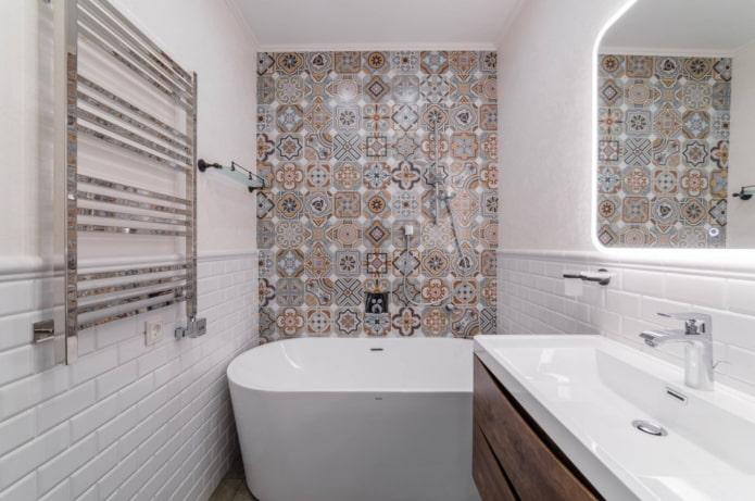 carrelage oriental dans la salle de bain