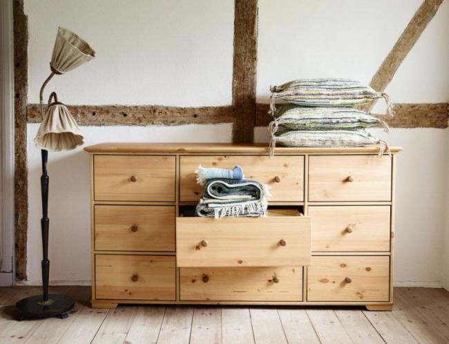 Mobilier pratique et pratique, dont le design peut être sélectionné pour n'importe quel intérieur