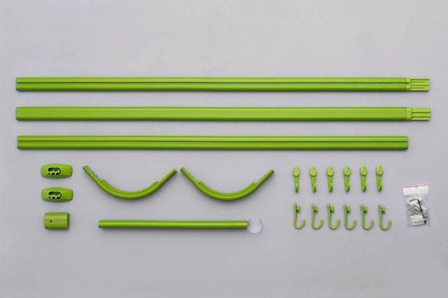 Les tringles à rideaux en plastique sont faciles à assembler et à installer