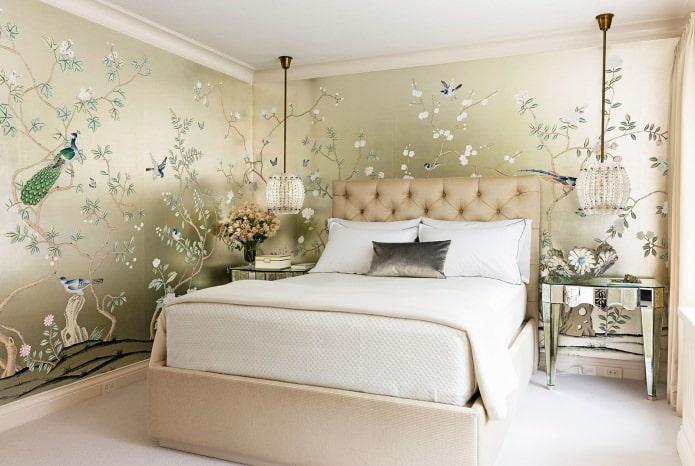 décoration murale avec papier peint dans la chambre