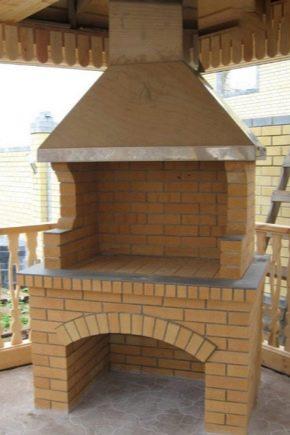 Fours BBQ en brique dans le gazebo : de beaux projets de construction