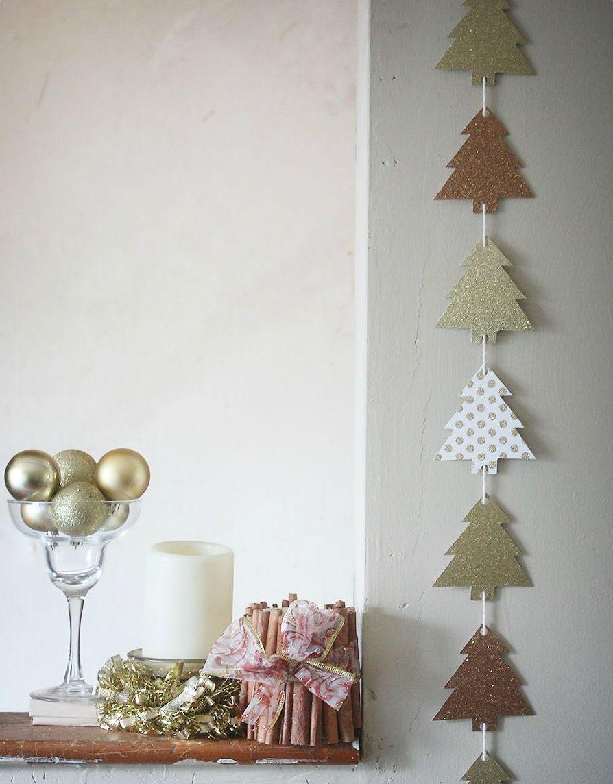 Guirlande de Noël d'arbres en papier