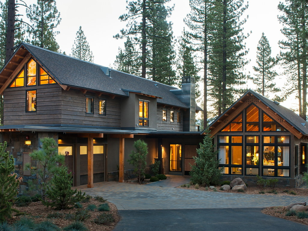 belle maison dans la forêt