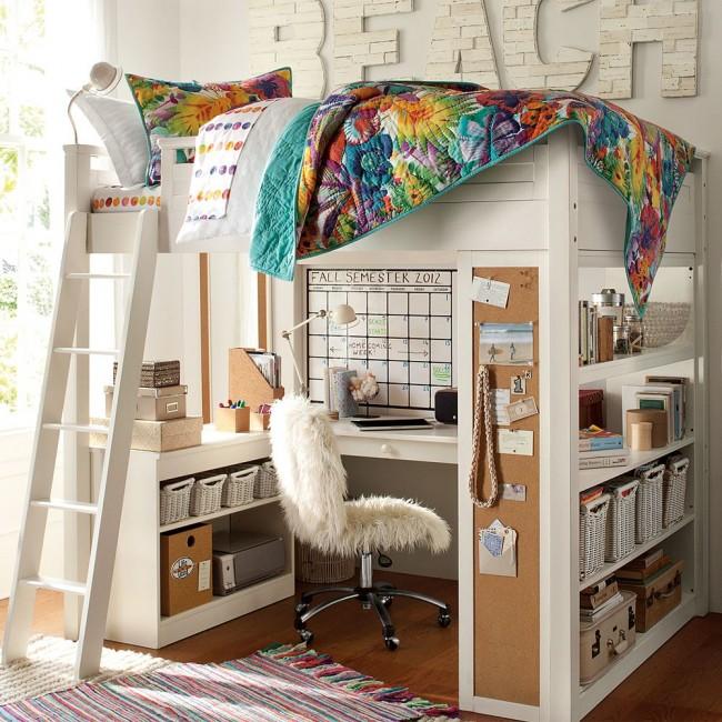 Lit mezzanine avec espace de travail - idéal pour une chambre d'enfant