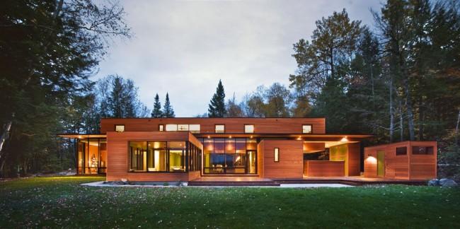 Maisons en bois d'un bar - une excellente occasion de mettre en œuvre des solutions architecturales inhabituelles
