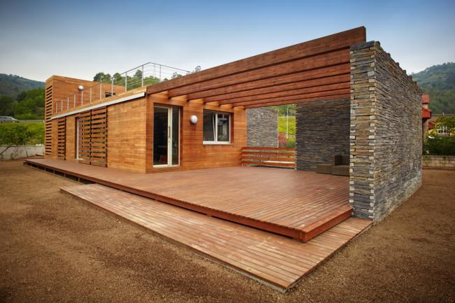 Les maisons à un étage peuvent occuper une grande surface sur le site