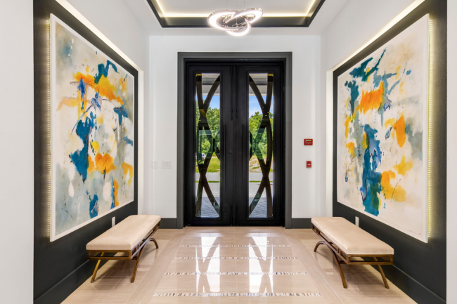 Belle conception d'un couloir symétrique