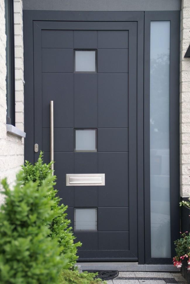Les portes d'entrée en acier deviennent de plus en plus populaires chaque jour.