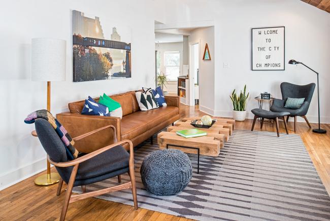Conception d'un petit salon dans le style du modernisme