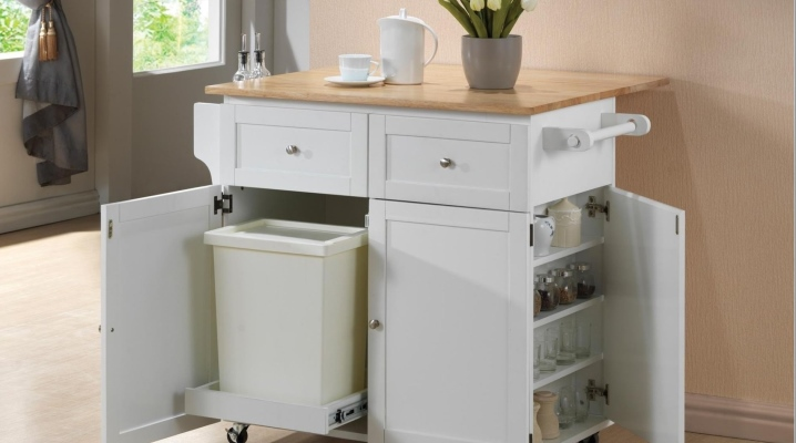 Table-armoire pour la cuisine