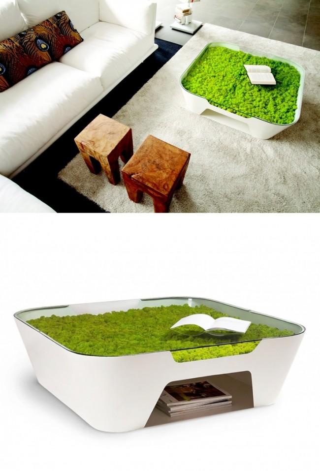 Dans l'esprit de l'éco-conception : table blanche fluide avec de la mousse poussant sous le plateau en verre