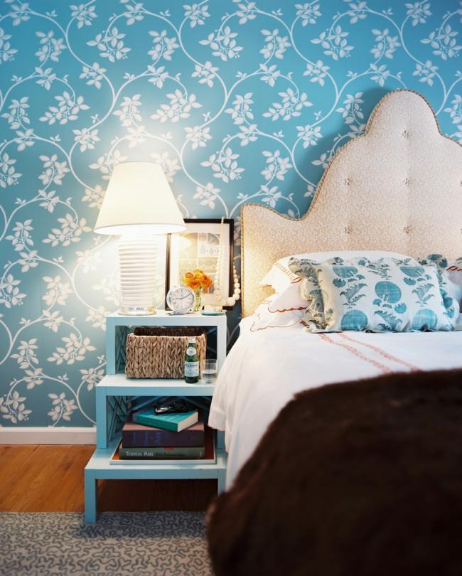 Une tête de lit souple peut être achetée séparément en magasin ou fabriquée à la main