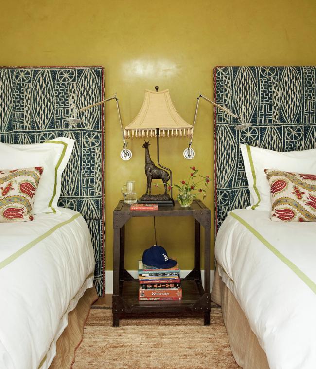 Bel intérieur de chambre, décoré dans un style empire