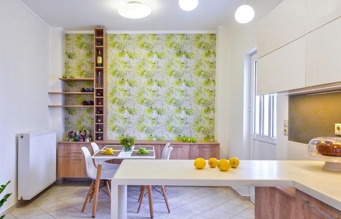 Papier peint vert dans la cuisine dans un style moderne