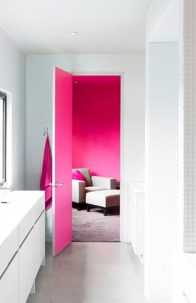 Une bonne option pour peindre les portes convient à une situation avec différents schémas de couleurs de pièces.