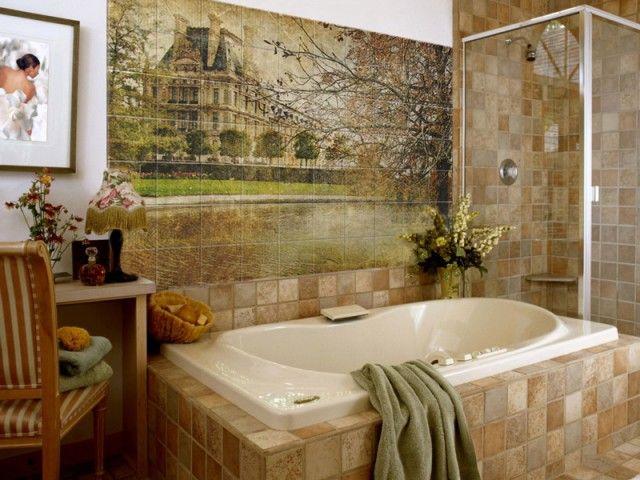 Panneau photo à partir de carreaux dans la salle de bain