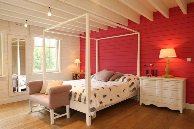 Photo de la chambre rouge