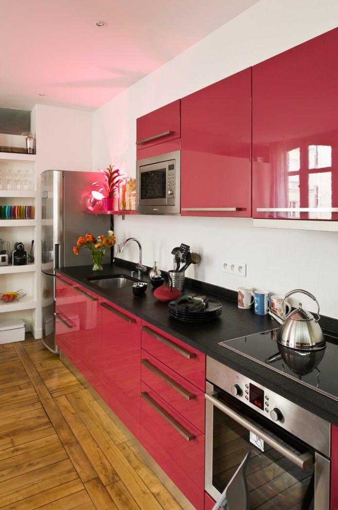 plateau de table noir, ensemble rouge