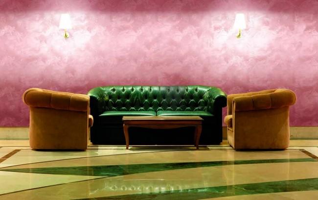 Dans une large palette de peintures effet soie, chacun peut choisir la couleur qu'il souhaite