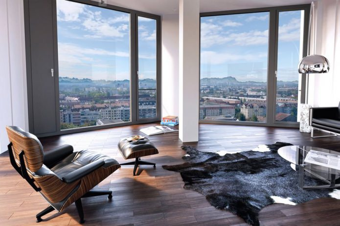 intérieur avec fenêtres panoramiques