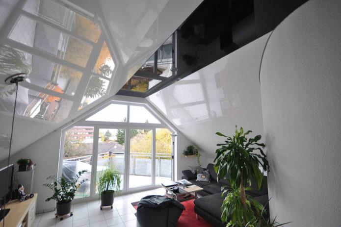 plafond tendu dans le grenier