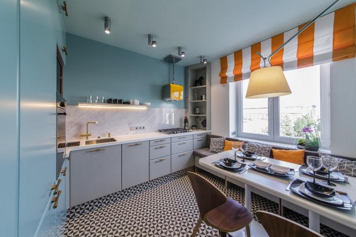 plafond tendu avec des taches à l'intérieur de la cuisine