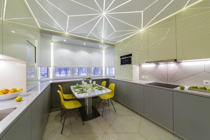 plafond tendu rétroéclairé à l'intérieur de la cuisine