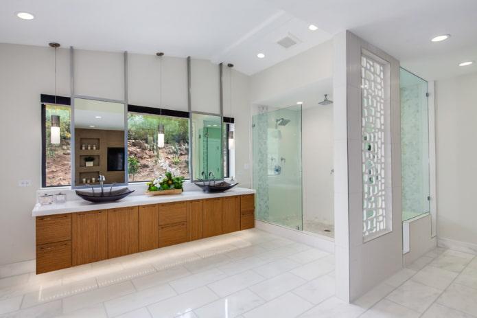 cloison en plaques de plâtre à l'intérieur de la salle de bain