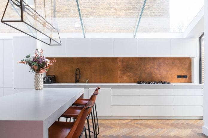 plafond de verre dans la cuisine