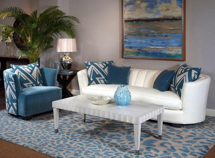 Canapé blanc et bleu