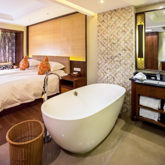 salle de bain combinée avec chambre
