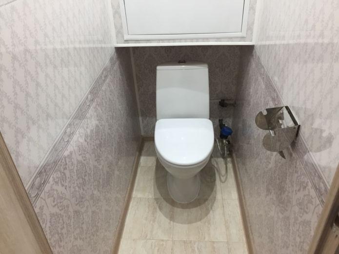 Meuble au dessus des toilettes