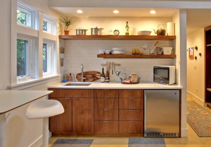 cuisine dans une niche avec éclairage à l'intérieur