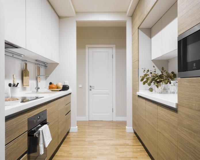 cuisine latérale dans une niche à l'intérieur
