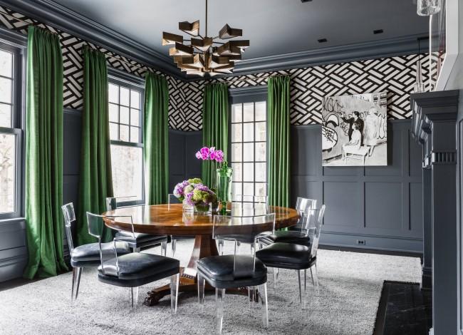 Les rideaux, rideaux et rideaux non seulement décorent la fenêtre, mais corrigent ses imperfections.  Ou souligner sa configuration inhabituelle