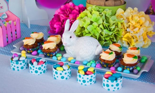 Ambiance de Pâques dans les décorations pour la maison