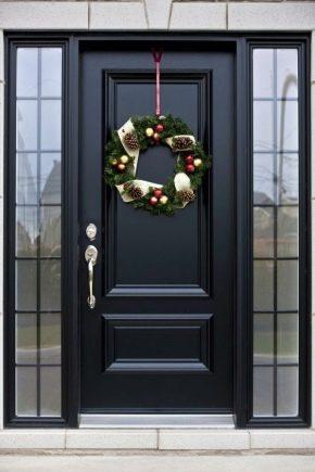 Portes d'entrée isolées pour une maison privée